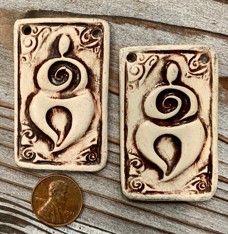 Ceramic Pendants - 55x35 Goddess - Natural - 3 pcs