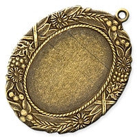 Antique Brass - Cabachon Frame - 27x30mm Leaves