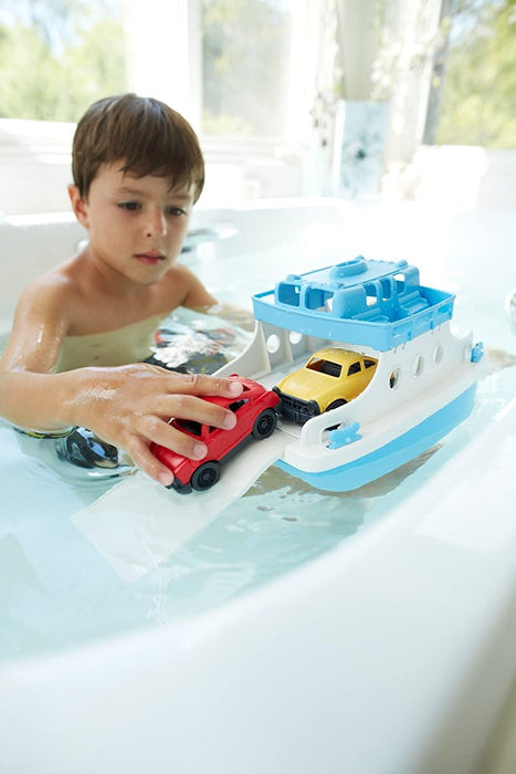 Green Toys Ferry Boat with Mini Cars Bathtub Toy, Blue/White, Standard - iregalijoy.com