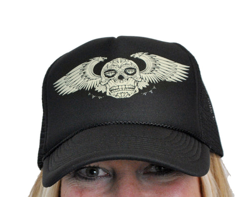 Winged Skull Trucker Hat  T-285