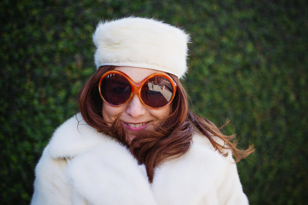 vintage-sunglasses-winter-white-vintage-contessa