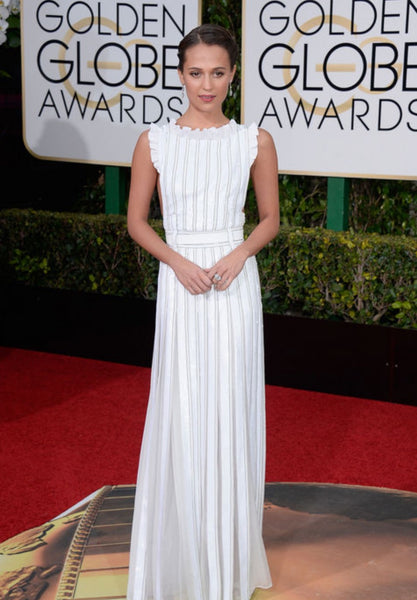 alicia-vikander-golden-globes-winter-white