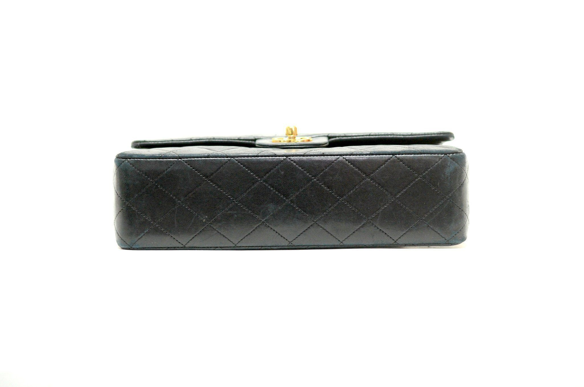 a25558250e08 Authentic Vintage Chanel Bag Handbag in Black Calf Leather with Gold ...