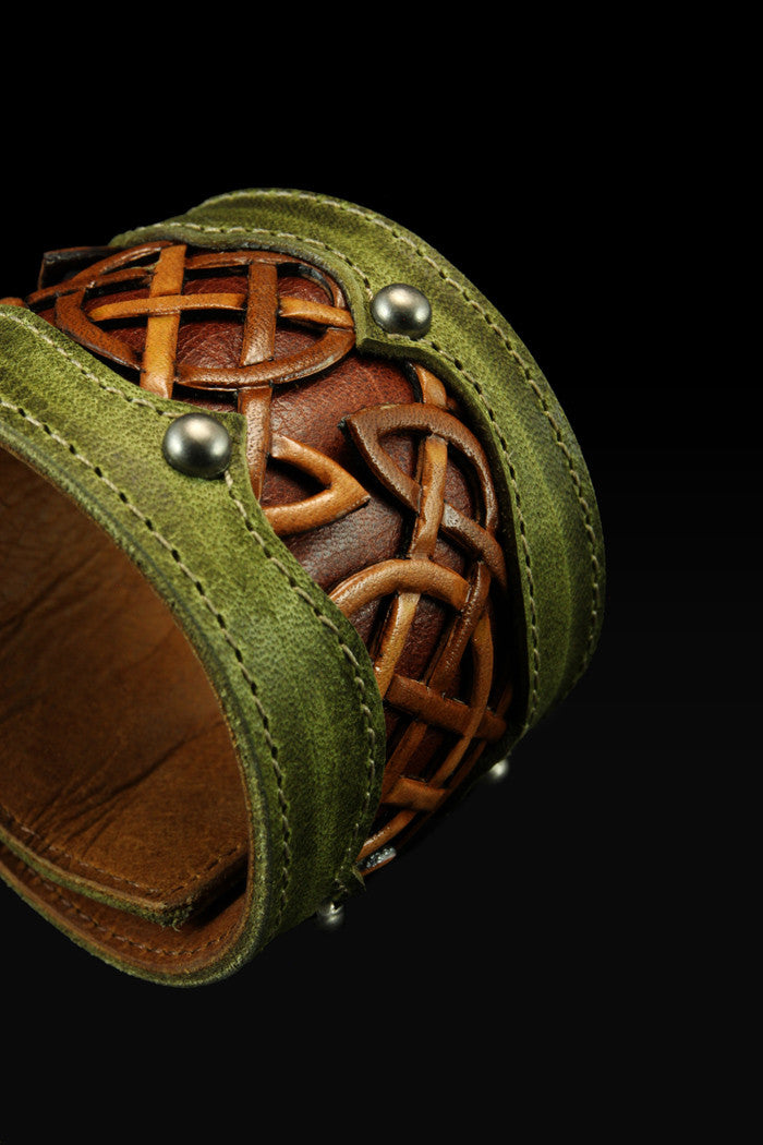 Celtic Trilogy Cuff