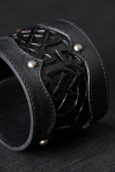 Celtic Black Beauty Cuff