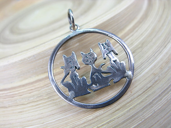 3 Cats Dogs Round 925 Sterling Silver Pendant Pendant - Faith Owl