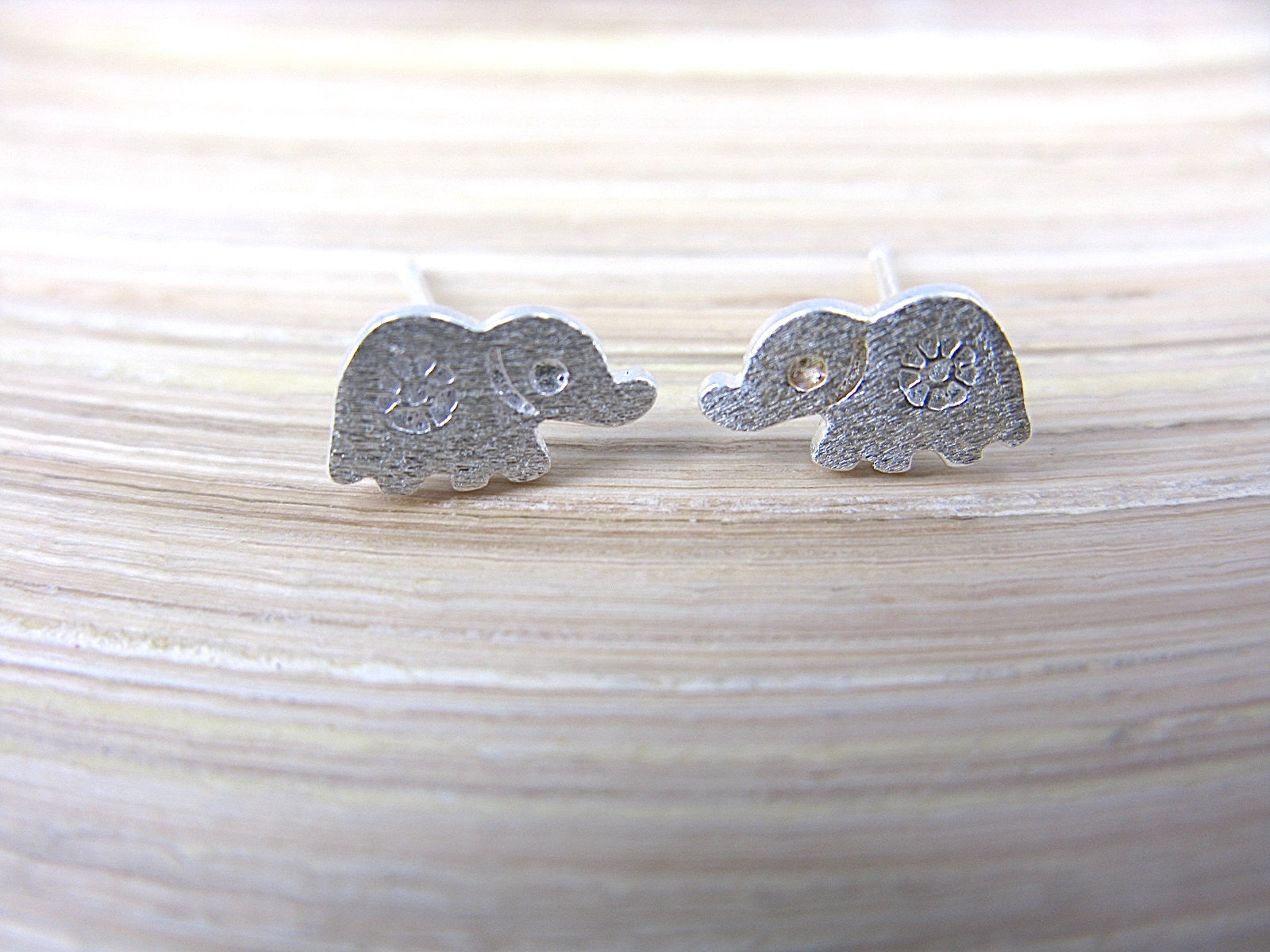 Elephatn 925 Sterling Silver Stud Earrings Stud Faith Owl - Faith Owl