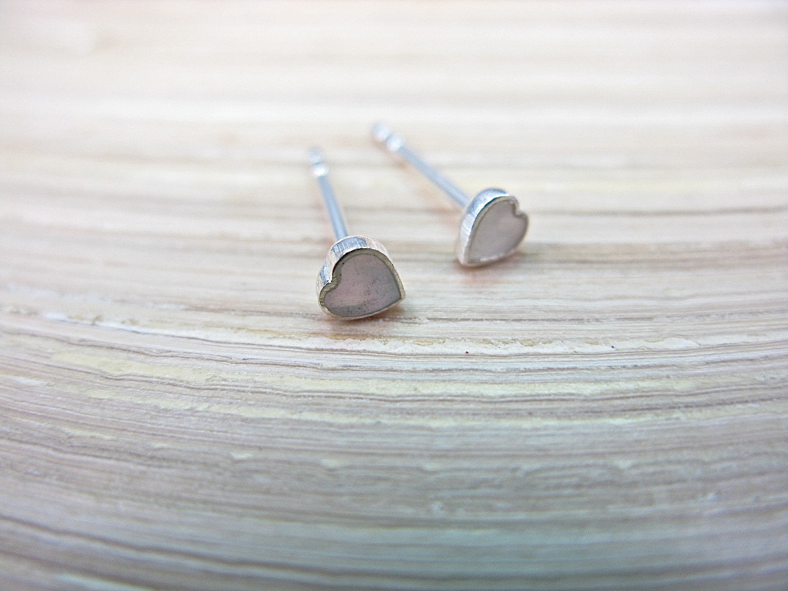 Mother of Pearl Heart Minimalist Stud Earrings in 925 Sterling Silver Stud Faith Owl - Faith Owl