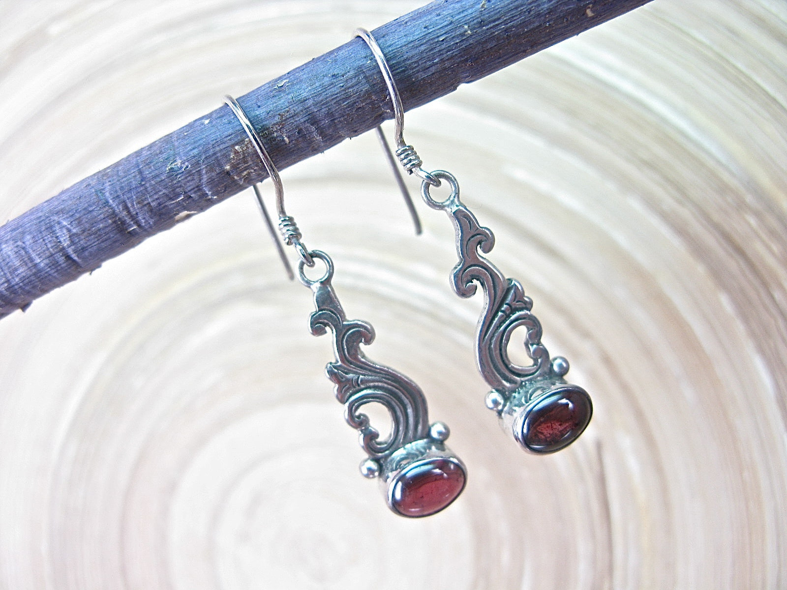 Balinese Garnet Dangle 925 Sterling Silver Earrings Earrings - Faith Owl
