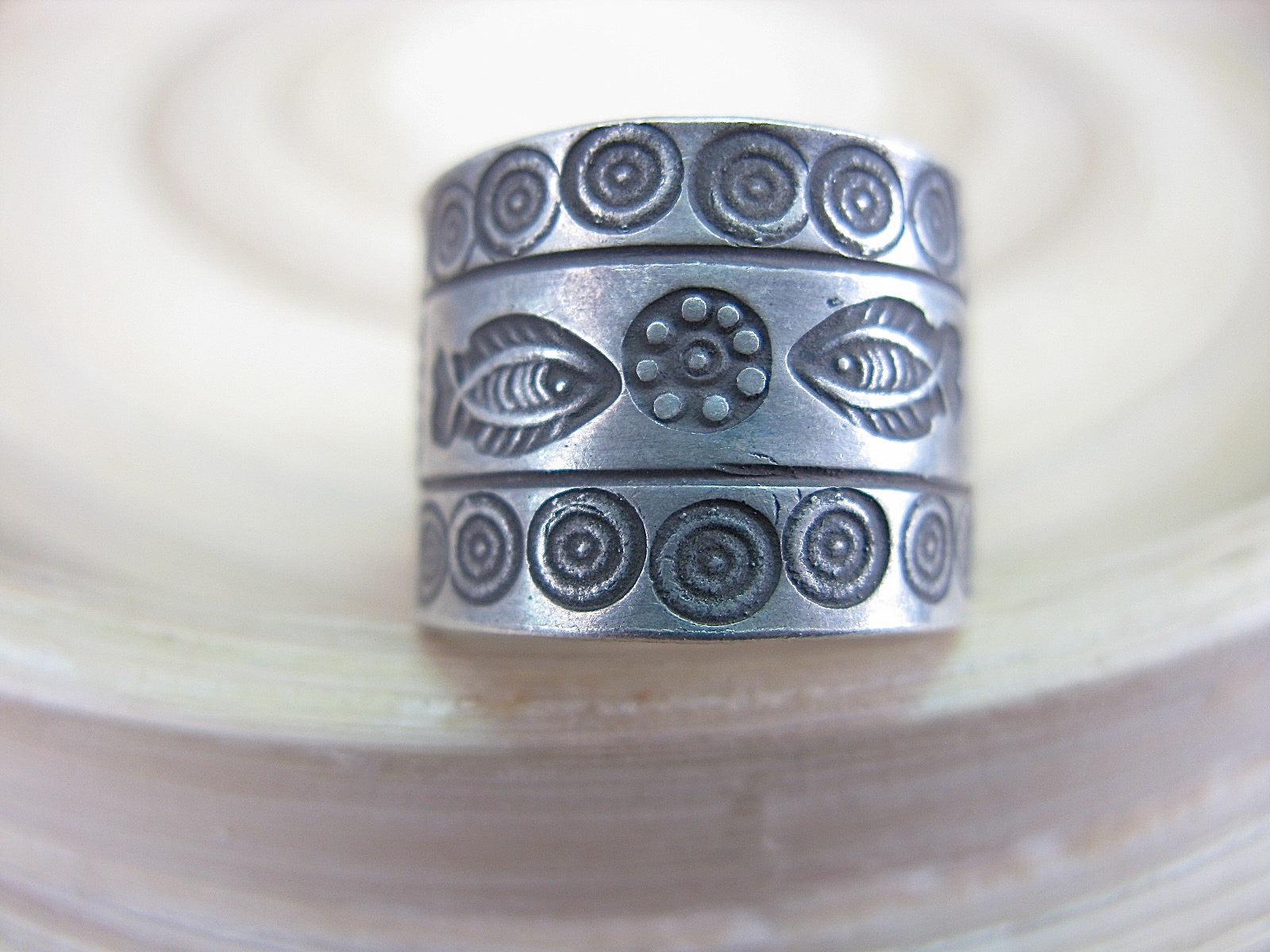 Engrave Fish Tribal Crafted Oxidized 925 Sterling Silver Ring Ring - Faith Owl