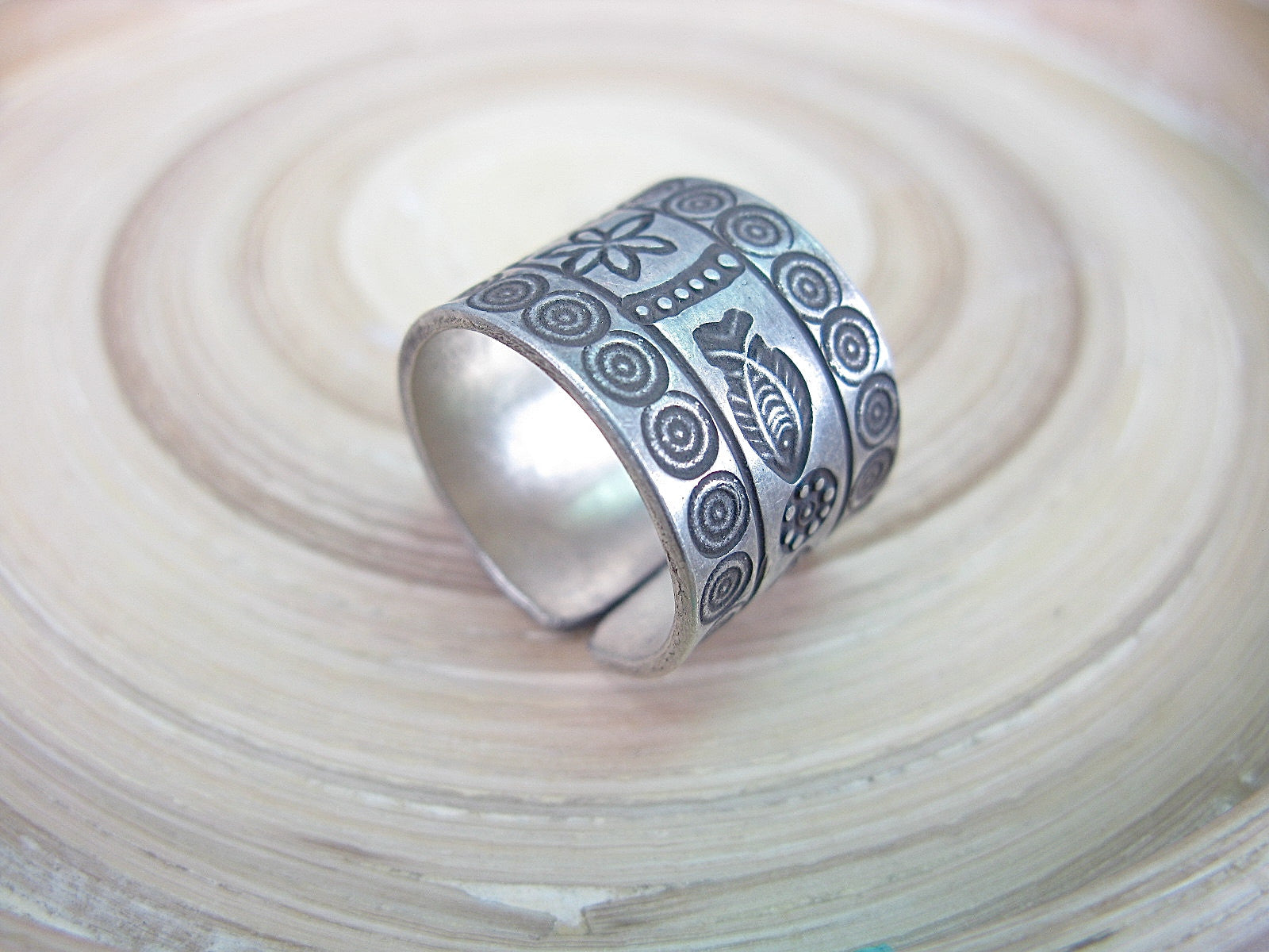 Engrave Fish Tribal Crafted Oxidized 925 Sterling Silver Ring Ring Faith Owl - Faith Owl