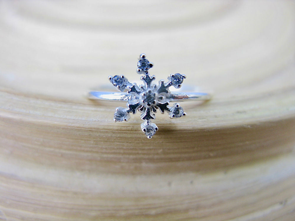 Snowflake Crystal Ring in 925 Sterling Silver