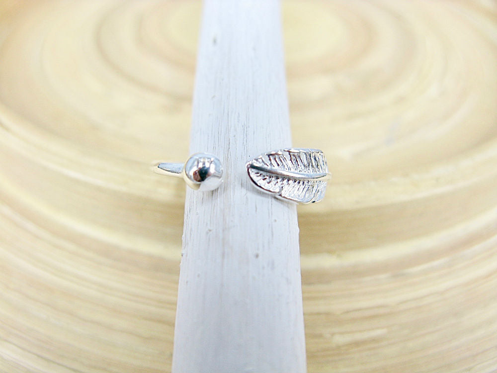 Leaf and Ball 925 Sterling Silver Ring