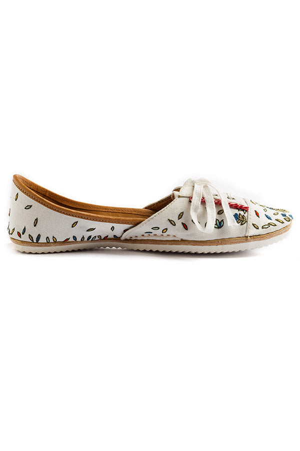 Jungle Book Look Sneakers- White: Rahul Mishra X Fizzy Goblet
