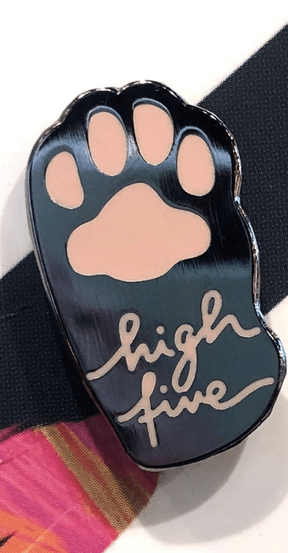 Bean Paw High Five Pin