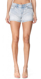 Delilah Light Wash Mid Rise Short