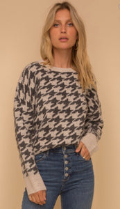 Hound Tooth Jacquard Sweater