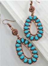 Load image into Gallery viewer, Blossom boho earrings