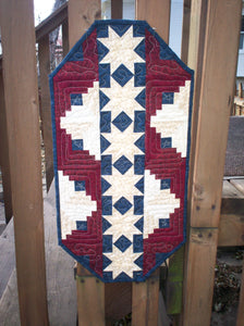 patriotic table topper quilt pattern red white and blue