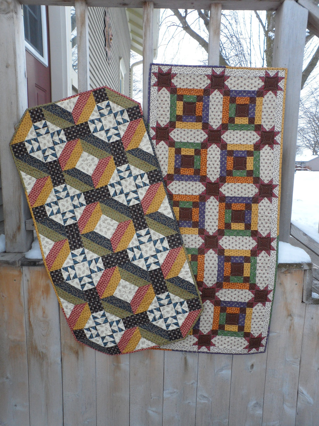 scrappy table runner quilt pattern fat quarter friendly