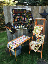 Load image into Gallery viewer, Wool applique on fabric quilt pattern table runner wall hanging