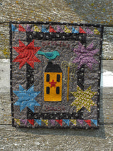 Load image into Gallery viewer, Mini wool applique quilt pattern