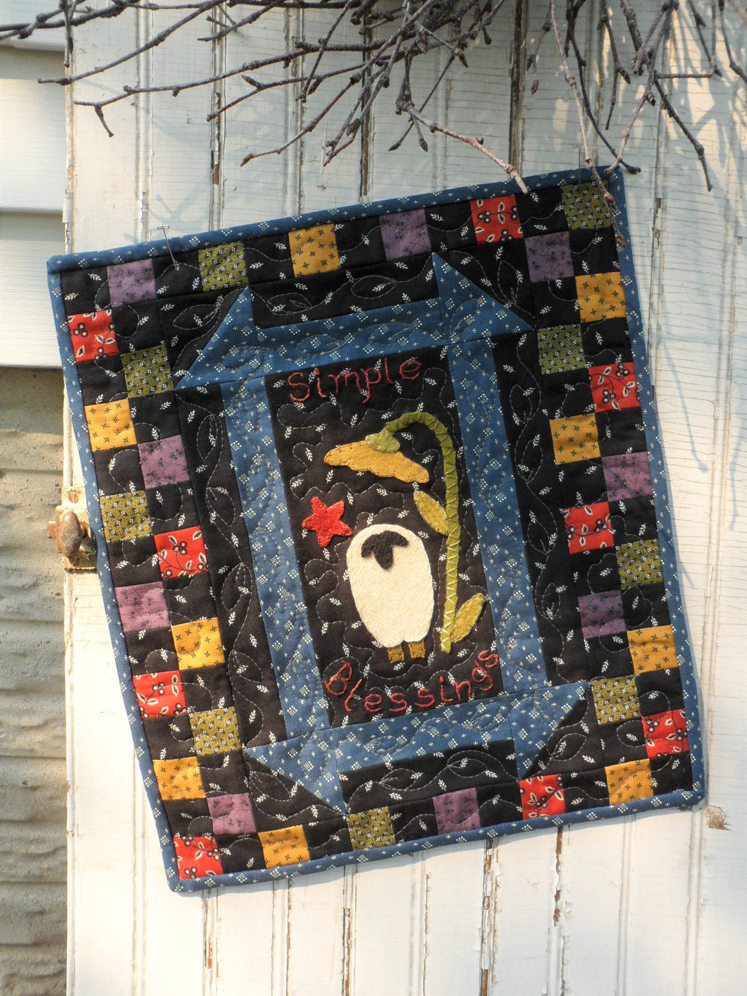 mini wool applique quilt pattern for wall hanging