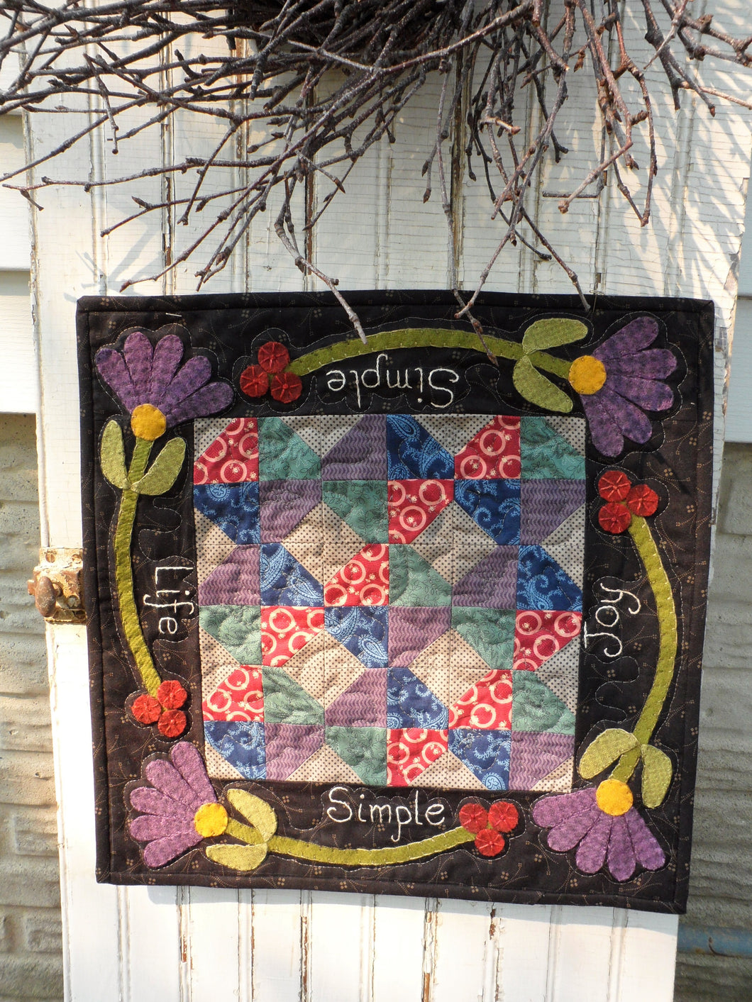 mini wool applique quilt pattern
