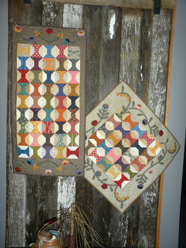 scrappy table runner and table topper quilt pattern with applique