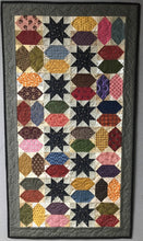 Load image into Gallery viewer, Scrappy table runner quilt pattern