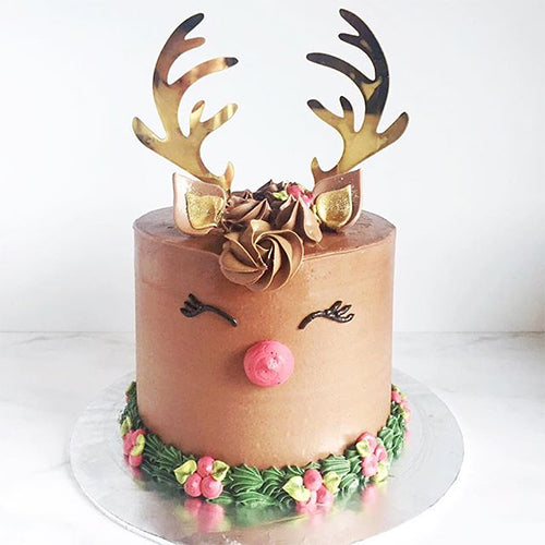 Reindeer Christmas Cake Decoration Cake Topper Christmas 2019 Cake Toppers Christmas Trends 2019 Unusual Christmas Cakes Cake Goals
