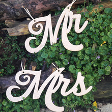 Load image into Gallery viewer, Back Drop Wedding Sign Wedding Mr & Mrs Sign Custom Signs Name Signs Wedding Wooden Mr & Mrs Signs
