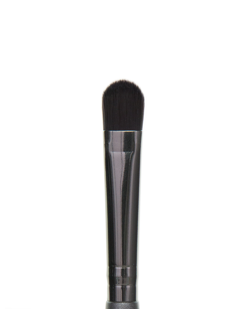 Vasanti Detail Concealer - Nook and Crannie brush - Closeup brush head front shot