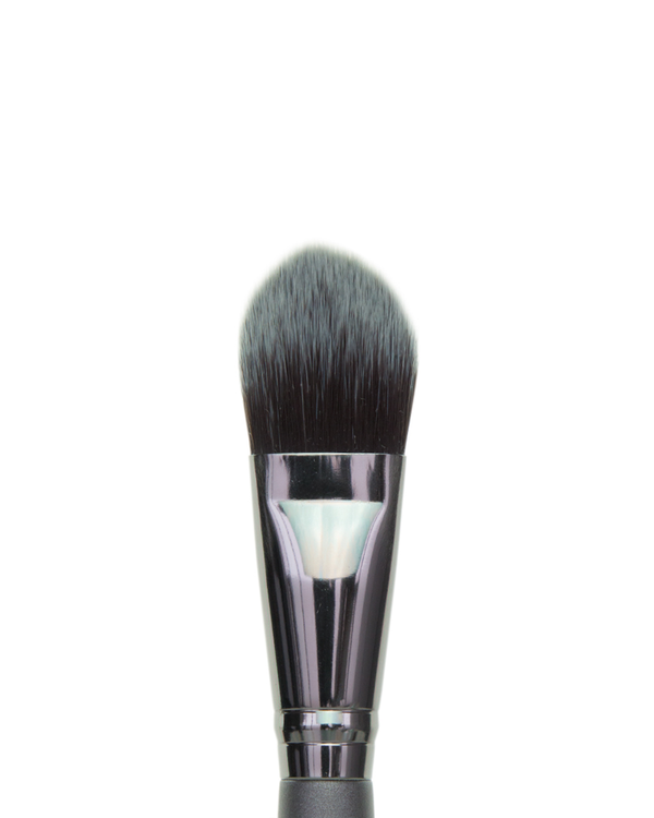 Vasanti Foundation - Build it Up Brush - Closeup brush head front shot
