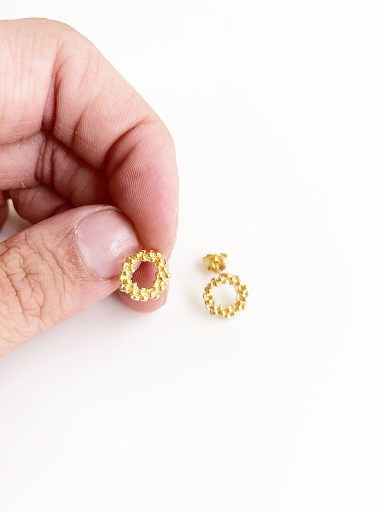 Mini Dotted Circle Earrings (925 Silver)