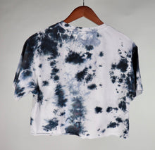 Load image into Gallery viewer, Large Organic Cotton Cropped T-Shirt