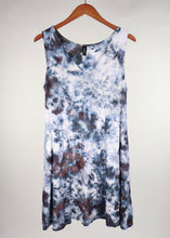 Load image into Gallery viewer, Large V Neck Pocket Tank Dress