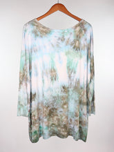 Load image into Gallery viewer, Small Long Sleeve PIKO Tunic