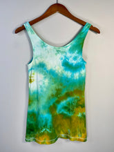 Load image into Gallery viewer, Medium Slim Fit Tank Top