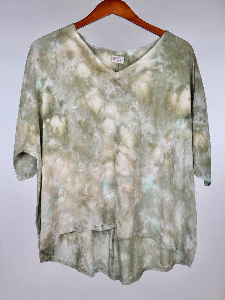 Medium Flowy High Low Rayon Top