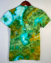 Load image into Gallery viewer, Medium Fitted Cotton T-Shirt