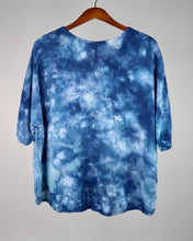 Load image into Gallery viewer, Medium Flowy High Low Rayon Top
