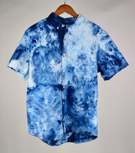 Load image into Gallery viewer, Large Short Sleeve Stretch Oxford Button Down