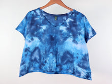 Load image into Gallery viewer, 2X V Neck Cropped Tee