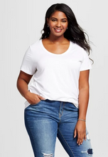 Load image into Gallery viewer, 2X Plus Size Scoop Neck Tee