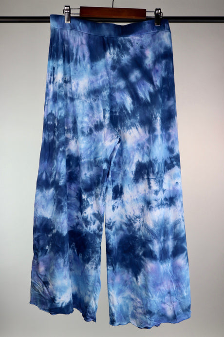 Medium Wide Leg Cropped Pant