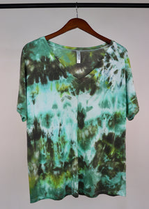 XL Boxy V-Neck Tee
