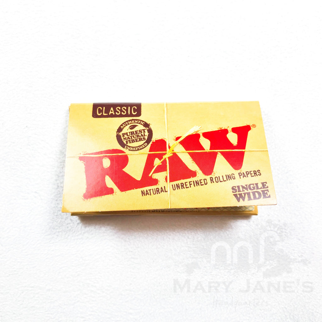 Raw Classic Rolling Papers - Mary Jane's Headquarters