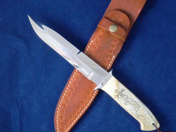 Loveless Style Dixon Fighter Variation (Böhler 440C, Camel Bone, Nude Motif)