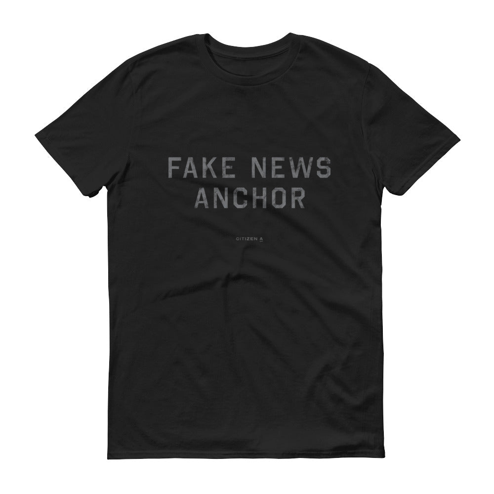 Men's Fake News Anchor™ T-Shirt